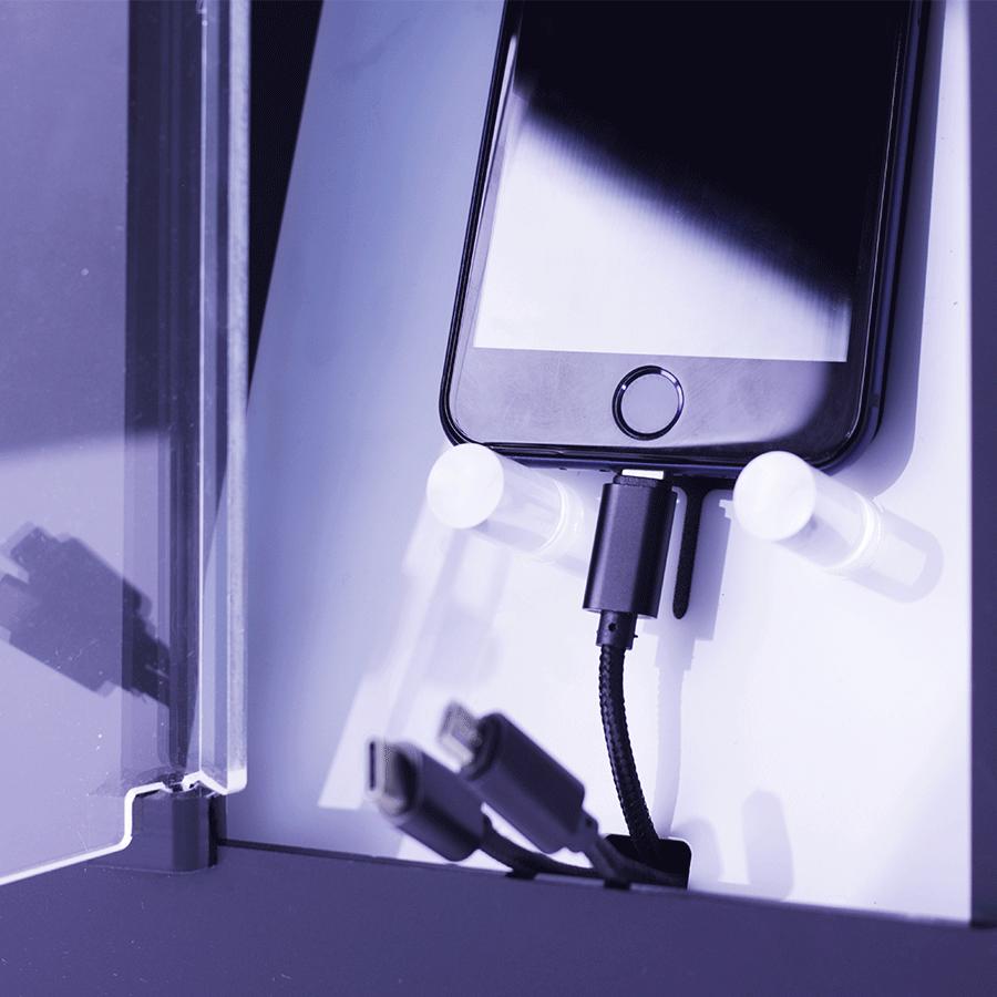Yupcharge Cargador de Móviles Soul zoom taquilla con llave y móvil cargando