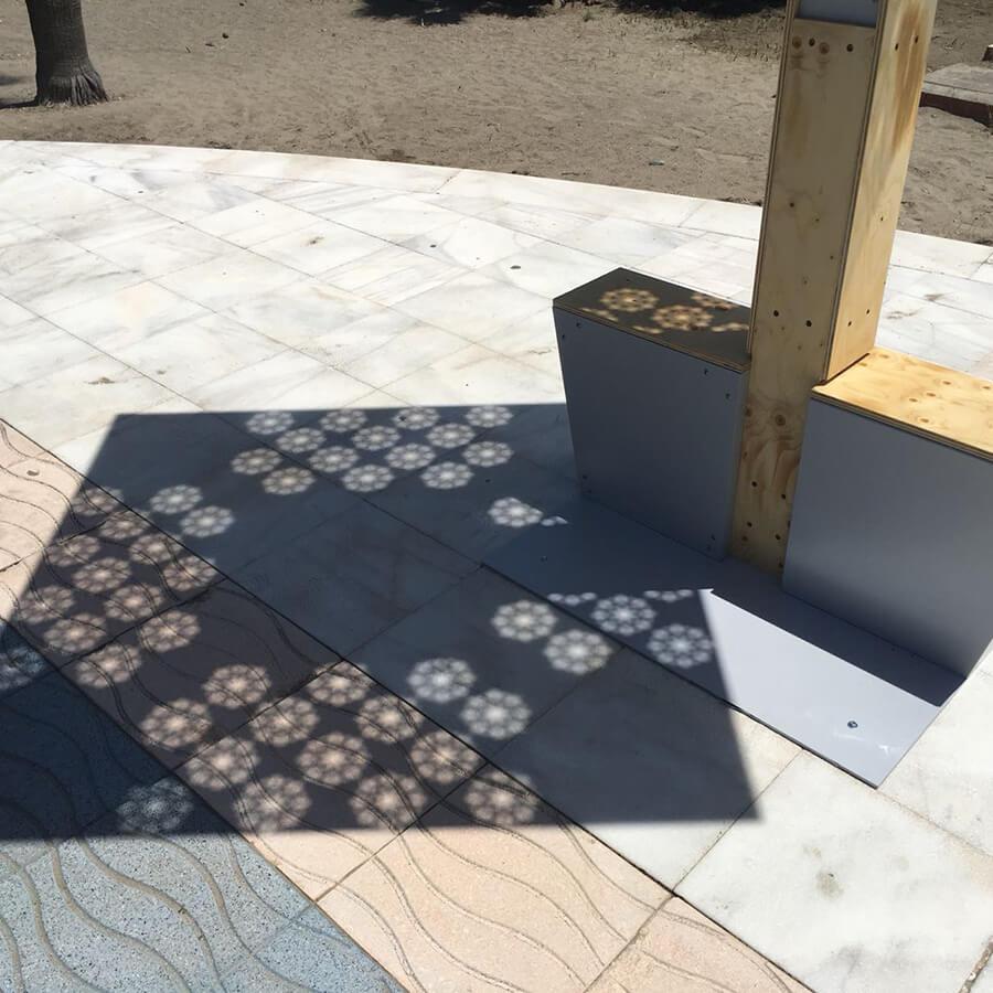 Yupcharge Cargador para móviles SmartFurniture-Soleo-Solar-Ayuntamiento Marbella zoom Placa