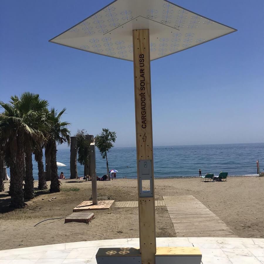 Yupcharge Cargador para móviles SmartFurniture-Soleo-Solar-Ayuntamiento Marbella USB playa