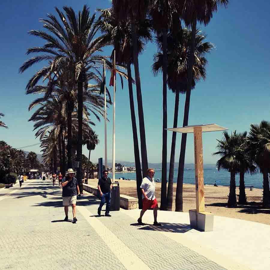 Yupcharge Cargador para móviles SmartFurniture-Soleo-Solar-Ayuntamiento Marbella Playa