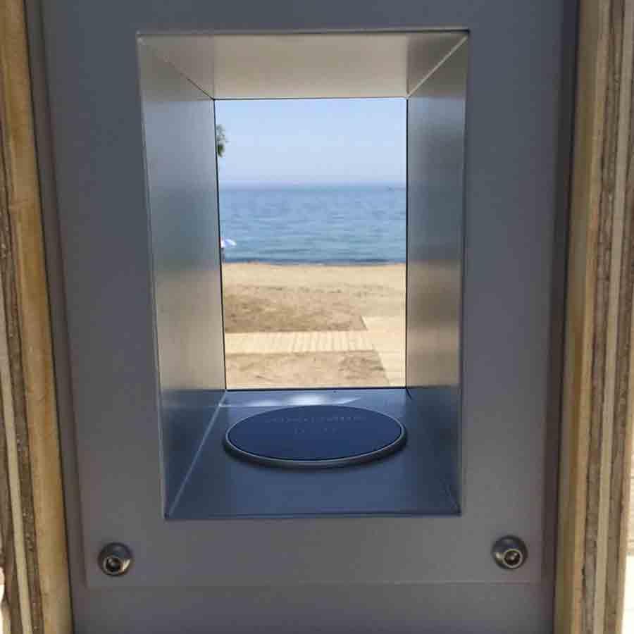 Yupcharge Cargador para móviles Smart Furniture-Soleo-Solar-Ayuntamiento Marbella ventana wireless