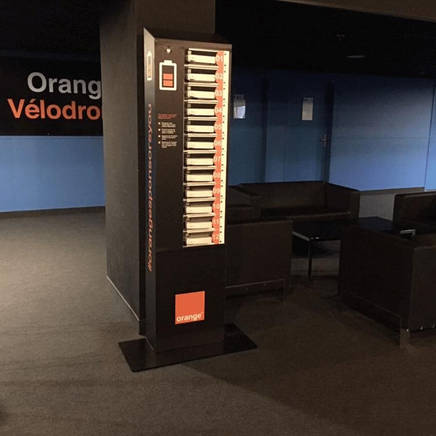 Yupcharge-Velodrome Orange-Cargador móvil Twist Proximus5