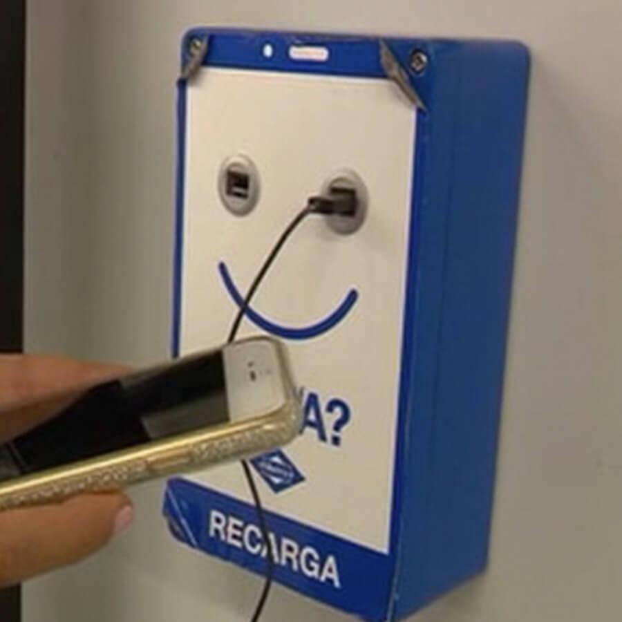 Cargador-SmartFurniture-Metro-Madrid-Yupcharge-6