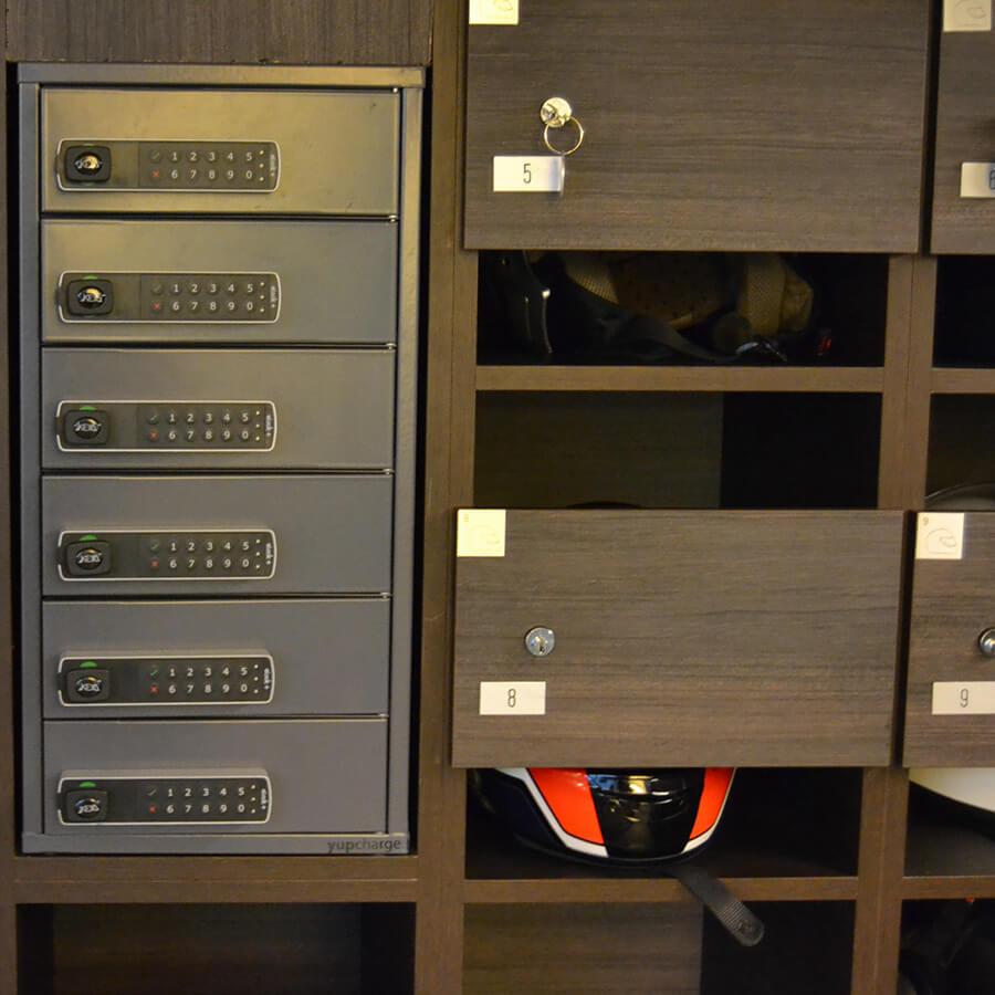 Yupcharge Cargador para móviles Taquilla de carga PopMini Lite Metropolitan