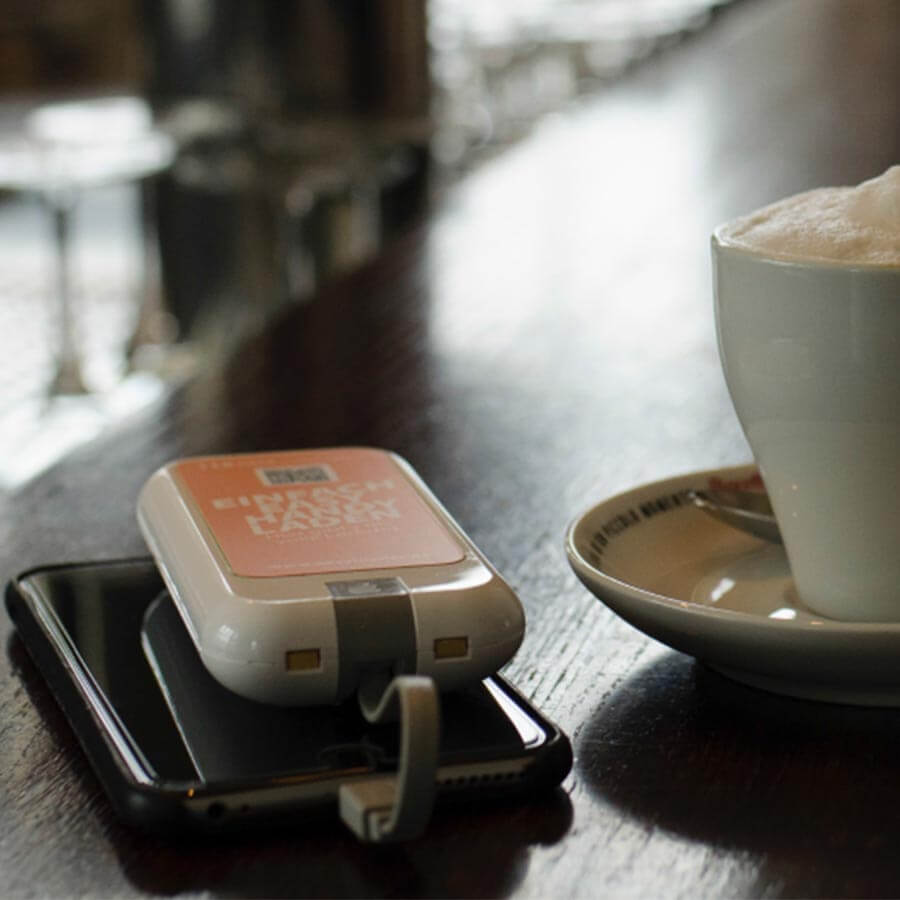 Yupcharge Cargador para móviles sobremesa Blues v3 bares y restaurantes