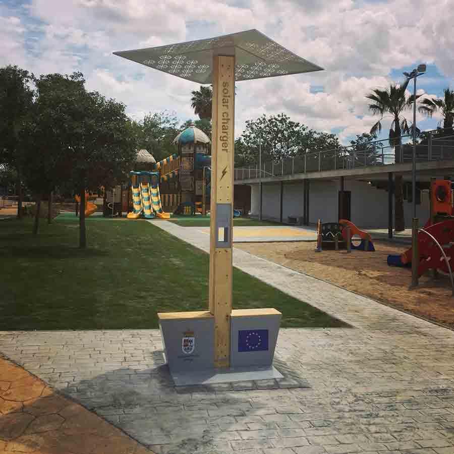 Yupcharge Cargadores de móviles para ayuntamientos Soleo 4GWifi Andújar