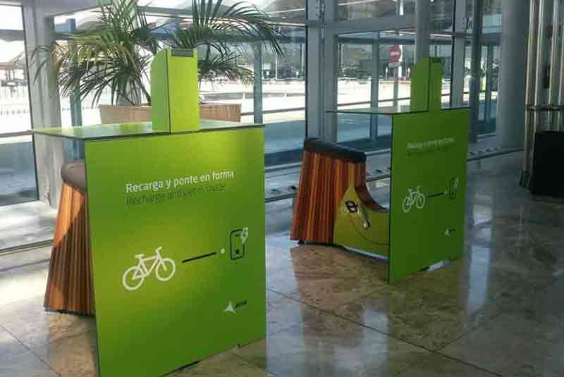 Yupcharge SmartFurniture Yupbike Kiosk Aena Alicante