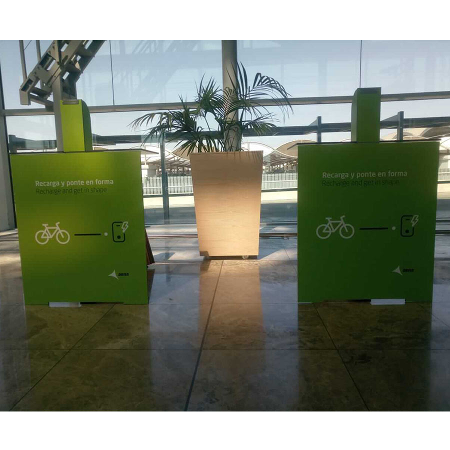Yupcharge Smart Furniture Yupbike Kiosk Aena Alicante